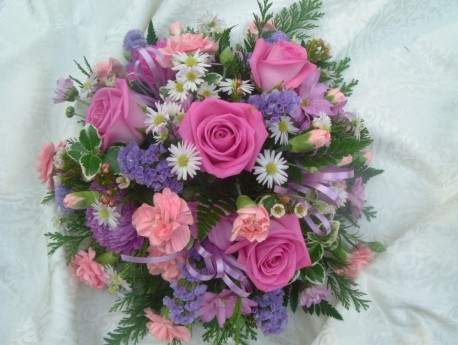 Pink Funeral Posy S025