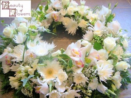 White Wreath S108