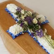Bases Funeral Cross